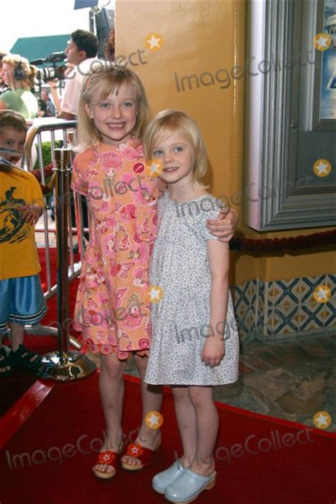 Photos and Pictures   Dakota Fanning and Elle Fanning ...