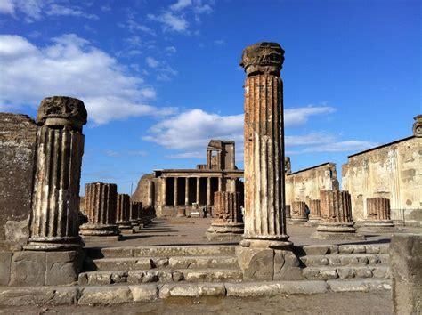 Photos of Pompeii Ruins   Images