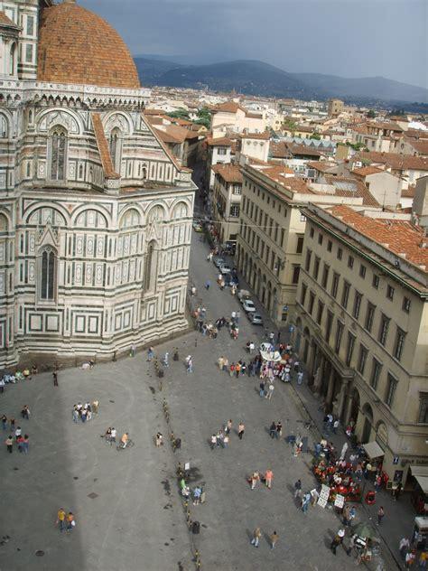 Piazza del Duomo, Florence   Wikipedia