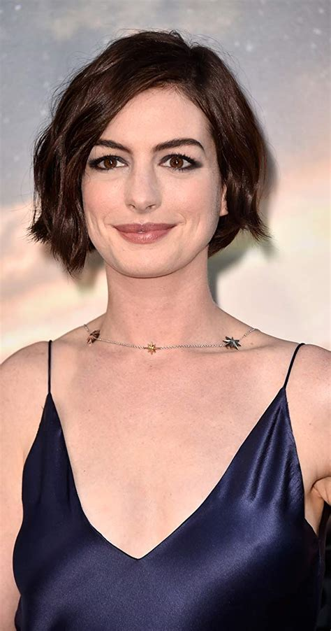 Pictures & Photos of Anne Hathaway   IMDb