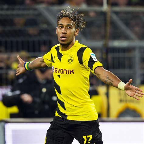 Pierre Emerick Aubameyang signs Borussia Dortmund contract ...