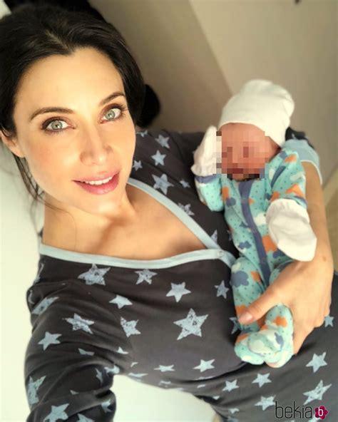 Pilar Rubio junto a su hijo Álex recién nacido   Foto en ...
