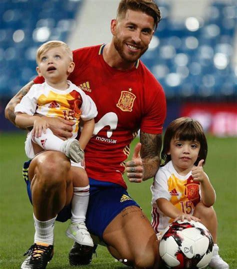 Pilar Rubio y sus hijos, los seguidores más ...