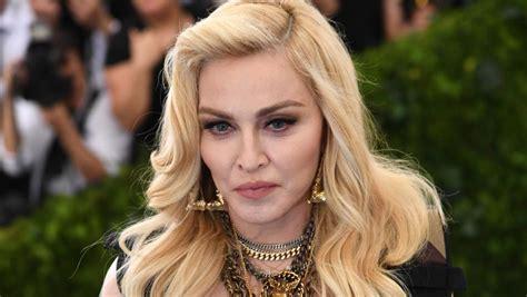 Pillan a Madonna con un joven bailarín de 26 años