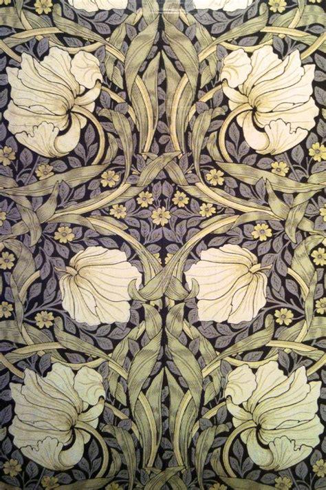Pimpernel wallpaper designed by William Morris 1876 ...