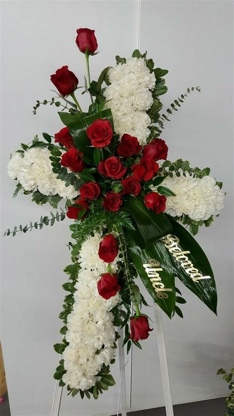 Pin by Joyce Gable on funeral   Flower arrangements diy ...