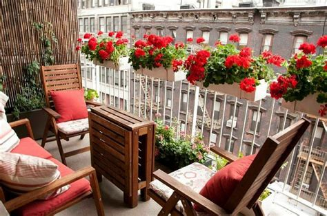 Pin by Judy McCrary on Balcony in 2020   Apartment garden ...