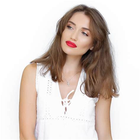 Pin by MakeUp Zone Дрим Таун on Клиенты | Silver necklace ...