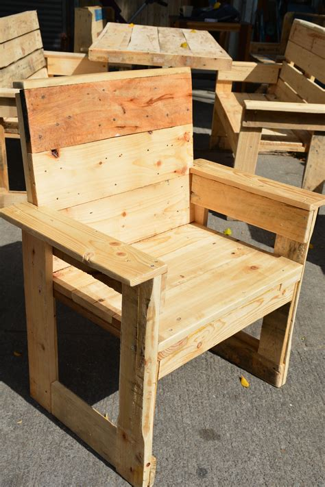 Pin by Wood Art Studio on Outdoor pallet wood furniture ...