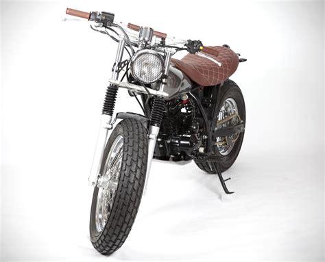 Pin de Javier C en Scrambler | Autos y motos, Surf, Palma ...