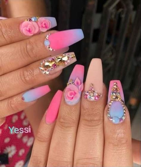 Pin de Jule Hermann en uñas en 2020   Manicura de uñas ...