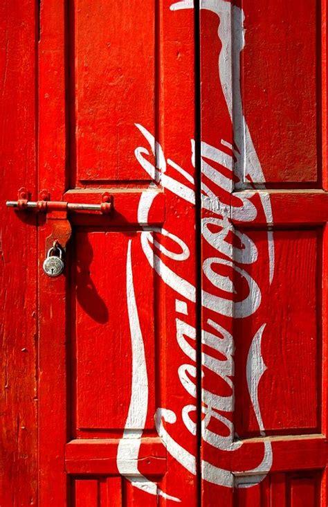 Pin su Coca cola