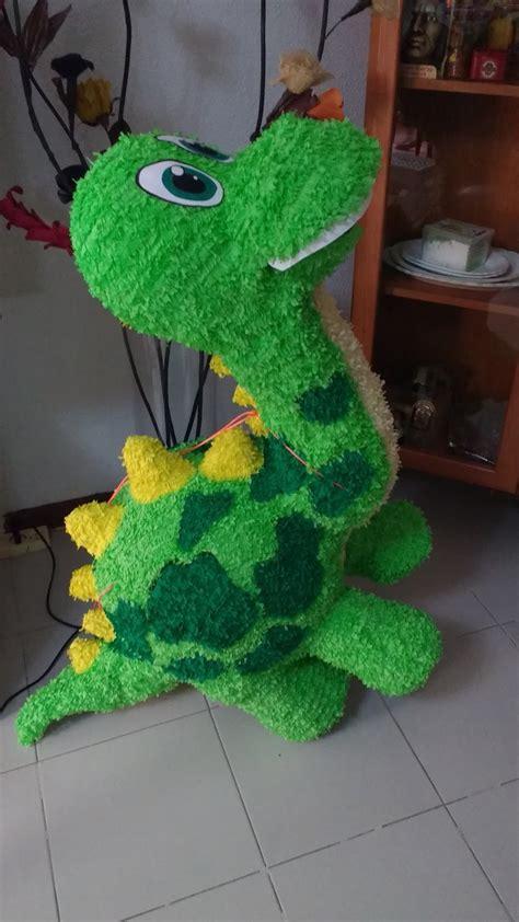 Piñatas Artesanales en Madrid : Dinosaurio