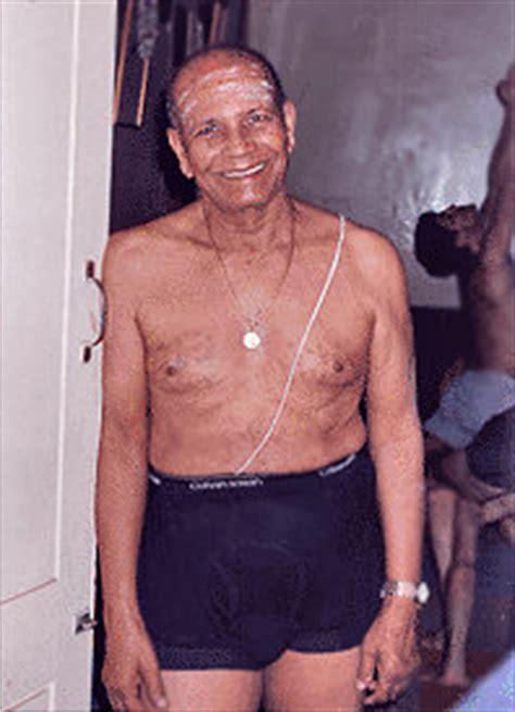Pineapple Yoga   Sri Krishna Pattabhi Jois of Mysore, India