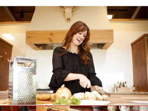 Pioneer Woman Ree Drummond Kitchen   YouTube