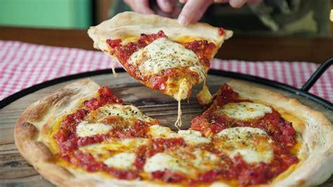 Pizza Napolitana ~ Receta | Tastemade
