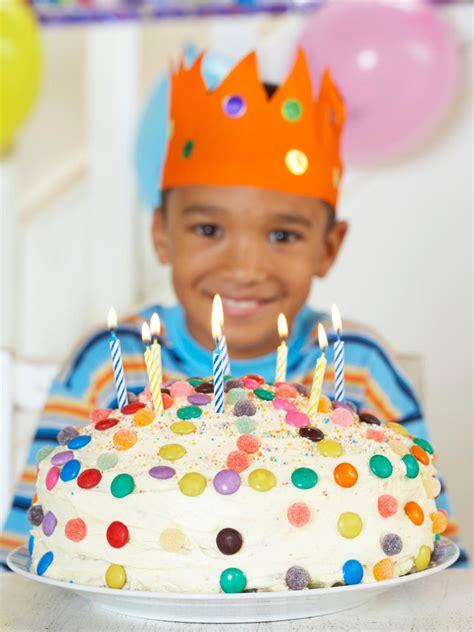 Planning a Birthday Party | HGTV