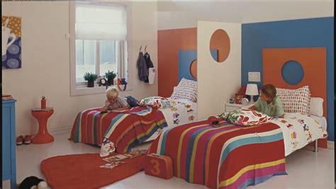 plasticamariarios: ¿De qué color pinto la habitación del niño?