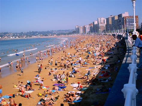 Playa San Lorenzo   Gijón  Spain  | Gijón   Asturias ...