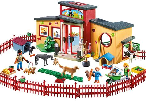 Playmobil 9275 City Life Tiny Paws Pet Hotel with Flexible ...