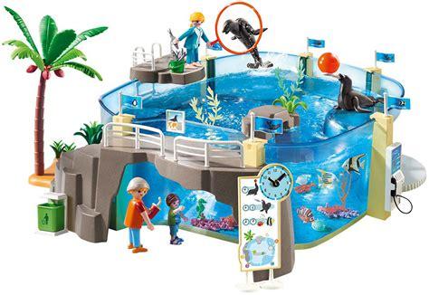 Playmobil Aquarium   The Toy Station at School Crossing