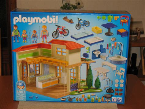 Playmobil Vacation House | Today I saw Monster High ...
