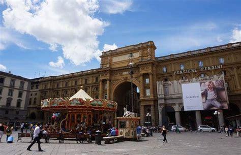 Plaza de la República en Florencia: 23 opiniones y 44 fotos