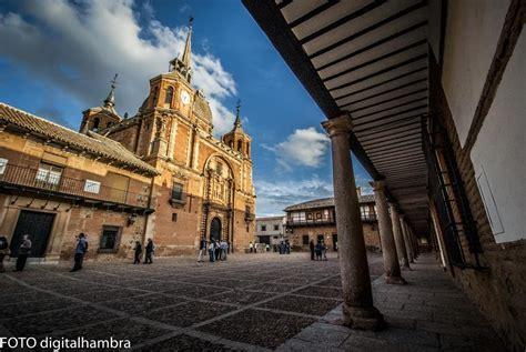 Plaza de San Carlos del Valle en San Carlos del Valle: 5 ...