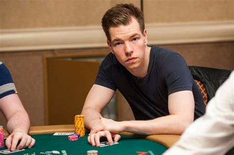 Poker pro Kane Kalas discovers voice in broadcast booth ...