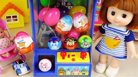 Poli surprise eggs crane machine and Baby doll, Kinder Joy ...