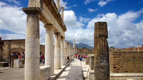 Pompei Vacations 2017: Package & Save up to $603 | Expedia