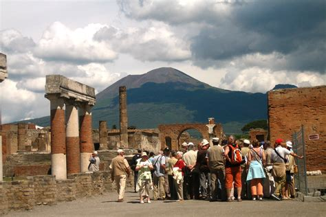 Pompeii 3 hours walking tour – Askos Tours