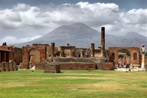 Pompeii Half Day Tours from Rome   Dark Rome