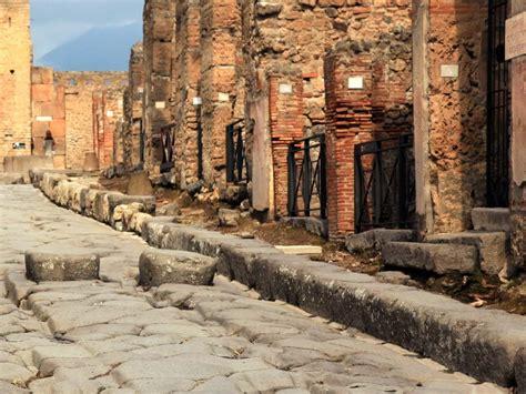 Pompeii Half Day Tours from Rome | Dark Rome Tours