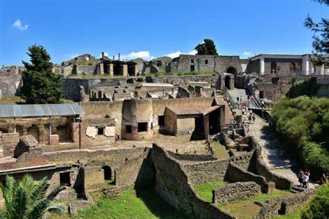 Pompeii, Italy   Encircle Photos
