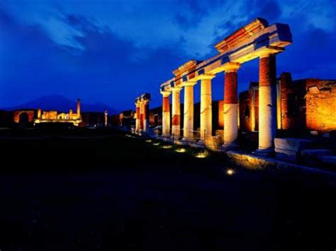 Pompeya y Herculano, su belleza ahora de noche   Viajes ...