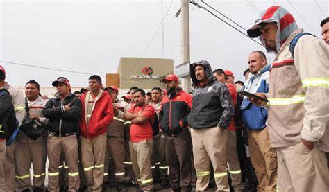 Por huelga, Coca Cola suspende producción en planta de ...