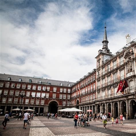 ¿Por qué Madrid es la capital de España?