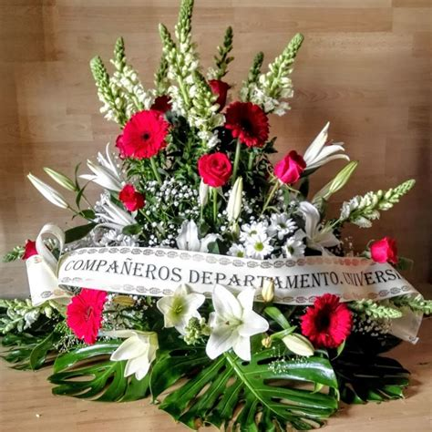 Por qué se mandan de flores para difuntos a los tanatorios