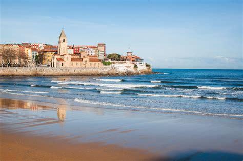 Por qué tienes que ir a Gijón este verano