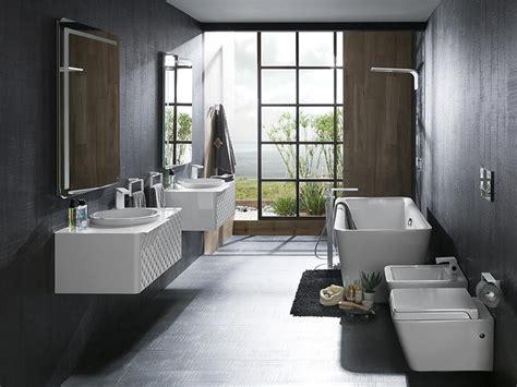 Porcelanosa y sus  espectaculares  baños de autor, de Zaha ...