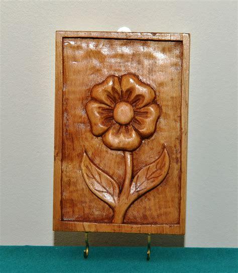Porta llaves tallado a mano Florcita   Alquimia en Madera ...