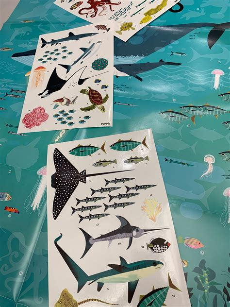 Poster animales marinos con 50 pegatinas removibles a todo ...