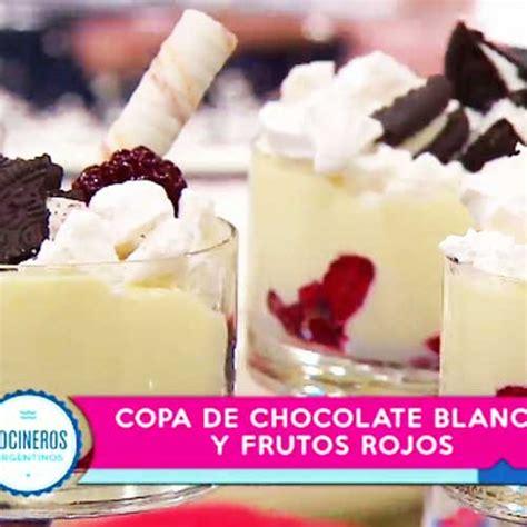 Postre de chocolate blanco y frutos rojos   Cocineros ...