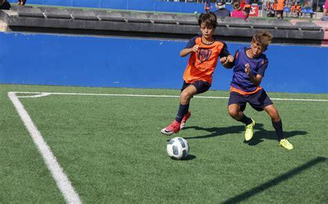 Practicar fútbol en inglés | La mejor forma de aprendizaje ...