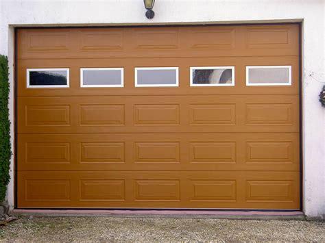 Precausiones de seguridad con la puerta automática del ...