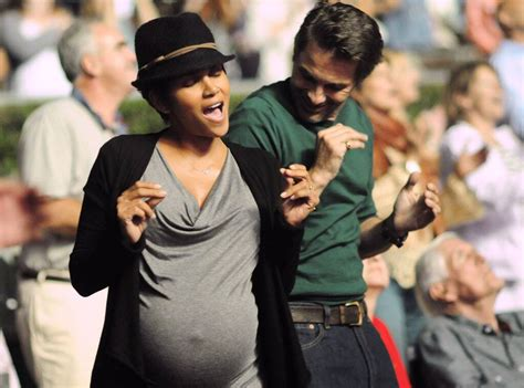 Pregnant Halle Berry Sings and Dances at Los Angeles ...