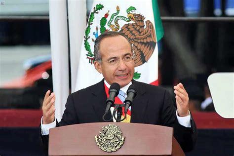 Presenta Felipe Calderon Hinojosa la Procuraduría Social ...