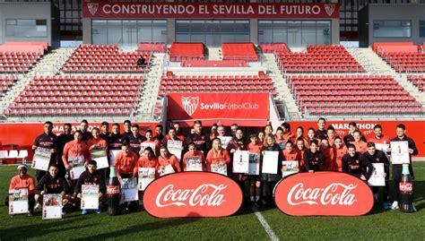 PRESENTADO EL CALENDARIO 2020 DEL SEVILLA FC Y COCA COLA ...