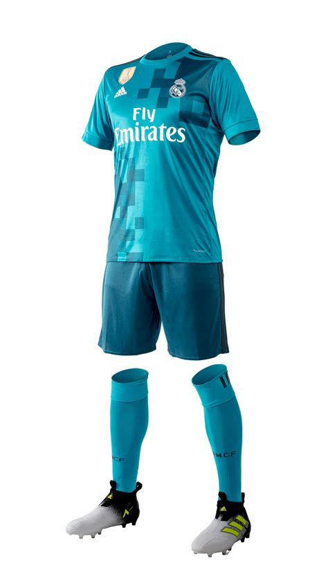 Presenting Real Madrid third kit for the 2017/18 season ...